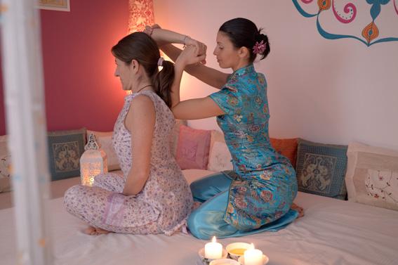 Традиционен тайландски масаж на Екатерина Минкова в София