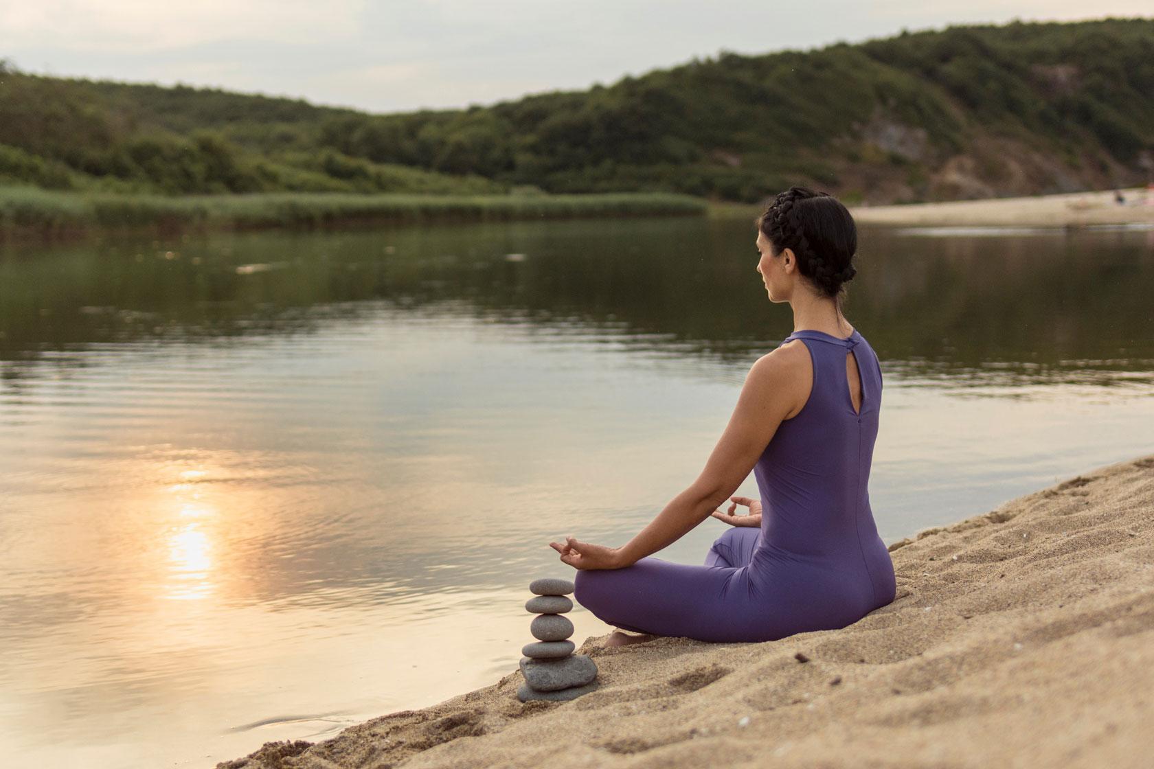 Женски Айенгар йога клас