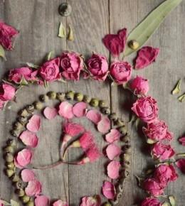 Сътвори си мандала от рози